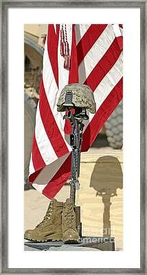 A Battlefield Memorial Cross Rifle Framed Print