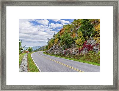 Framed Print featuring the photograph A Colorful Curve On Skyline Drive by Lori Coleman
