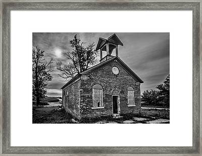 A Crumbling One Room School House Amongst The Cornfields Framed Print by Sven Brogren