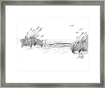 A Day At The Beach Framed Print by Gordan Graham