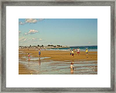 A Day At Wells Beach Framed Print by Edward Sobuta