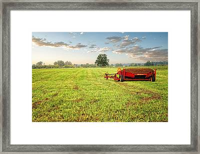 Framed Print featuring the photograph A Field At Sunrise by Lars Lentz