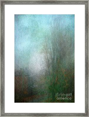 A Foggy Start Framed Print by Russ Brown