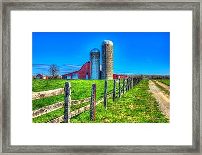 A Hole In The Fence Tennessee Farm Art Framed Print by Reid Callaway
