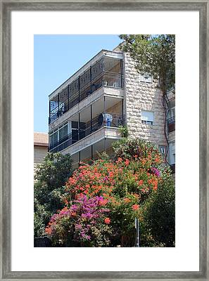 A Home In Rehavia 5 Framed Print by Susan Heller