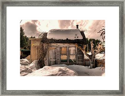 A Little House In Roslyn Washington Framed Print