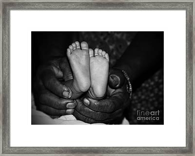Love Framed Print by Prar Kulasekara