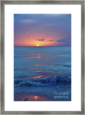 A Perfect Finish Framed Print by Valerie Rosen