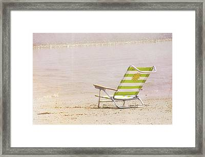 A Perfect Vacation Framed Print by JAMART Photography