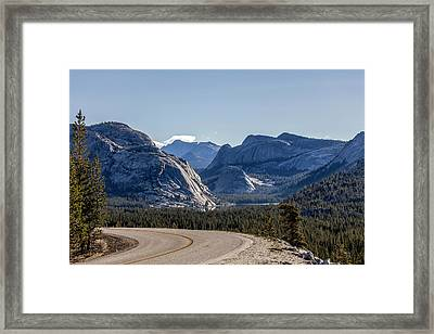 Framed Print featuring the photograph A Road To Follow by Everet Regal