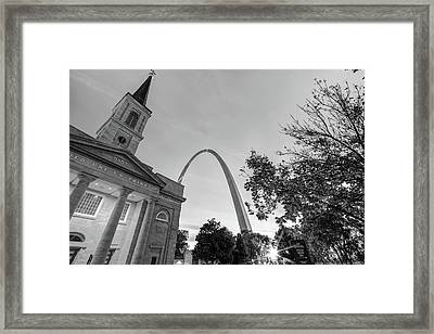 A Saint Louis Skyline Sunrise - Black And White Framed Print by Gregory Ballos