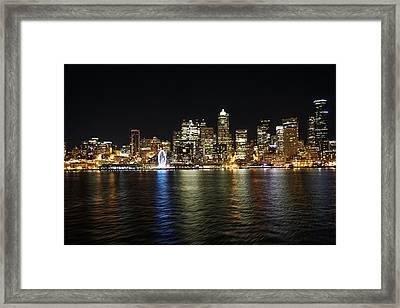 A Seattle Night Framed Print by Mo Sadeddin