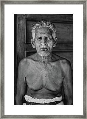 A Silent Conversation Bw Framed Print by Steve Harrington