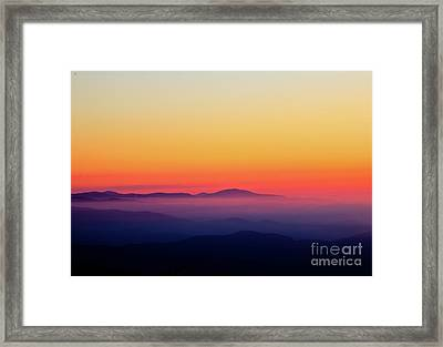 Framed Print featuring the photograph A Simple Sunrise by Douglas Stucky