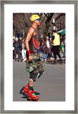 A Skater In Central Park Framed Print by RicardMN Photography