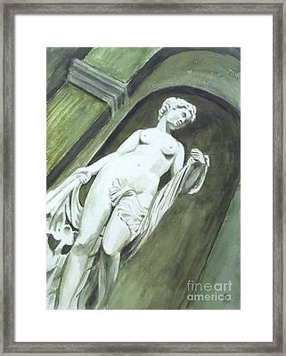 A Statue At The Toledo Art Museum - Ohio Framed Print