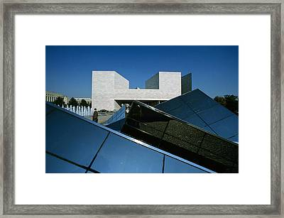 A Tourist By A Fountain At The East Framed Print by Kenneth Garrett