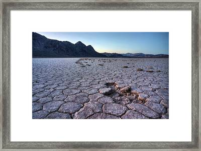Framed Print featuring the photograph A Windy Place In The Desert by Peter Thoeny