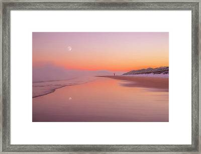 A Winters Morning Framed Print by Roy McPeak