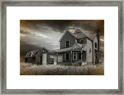 Abandoned Farm In Black And White Framed Print