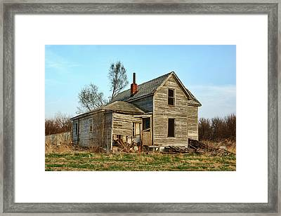 Abandoned Farmhouse Framed Print by Nikolyn McDonald