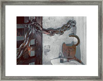 Grunge Old Padlock Framed Print by Robert G Kernodle