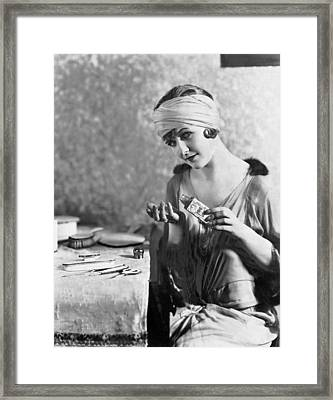 Actress Laura La Plante Framed Print by Underwood Archives