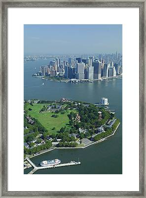 Aerial Governors Island And Manhattan, New York Framed Print