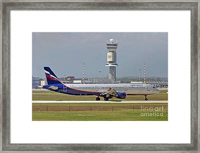 Aeroflot - Russian Airlines Airbus A321-211 - Vq-bei Framed Print