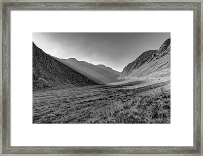 Framed Print featuring the photograph Afternoon Sun Rays Bealach Na Ba Black And White by Gary Eason
