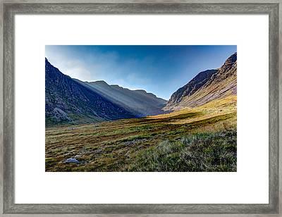 Framed Print featuring the photograph Afternoon Sun Rays Bealach Na Ba by Gary Eason