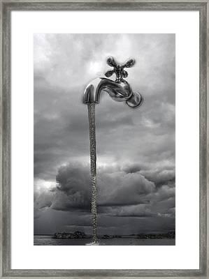 Agua Sobre Suances Framed Print