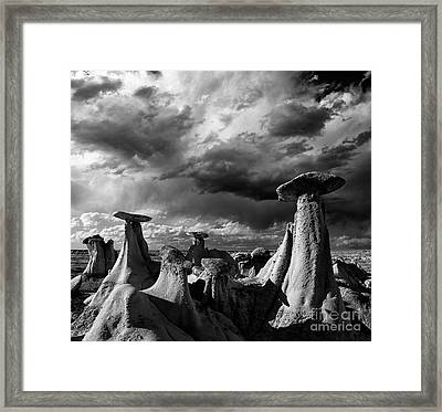 Ah-shi-sle-pah Badlands Framed Print by Keith Kapple