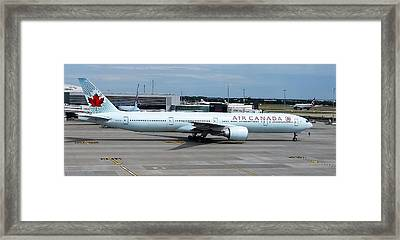 Air Canada Boeing 777-300er Framed Print