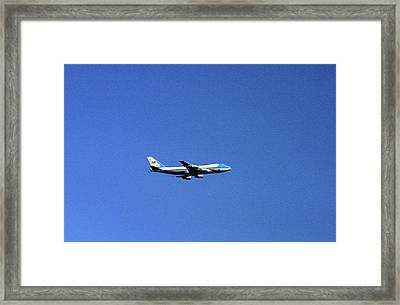 Framed Print featuring the photograph Air Force One In Flight by Duncan Pearson