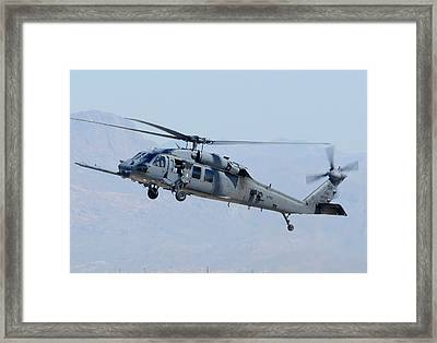 Air Force Sikorsky Hh-60g Blackhawk 90-26228 Mesa Gateway Airport March 11 2011 Framed Print