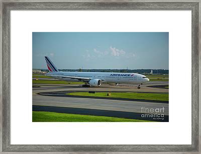 Air France Boeing 777-328er F-gznh Departing Hartsfield-jackson Atlanta International Airport Art Framed Print