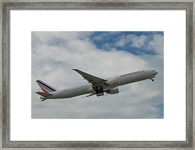 Air France Boeing 777 Number F-gzni Airplane Art Framed Print