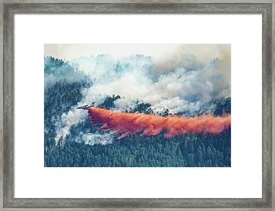Air Tanker On Crow Peak Fire Framed Print