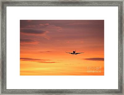 Airlpane In Flight Framed Print by John Greim