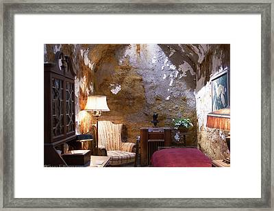 Al Capone's Jail Cell At Eastern State Penitentiary  Framed Print