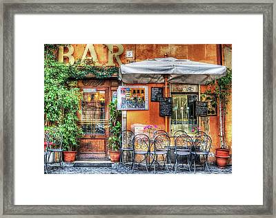 Framed Print featuring the photograph Al Fresco Dining by Bellesouth Studio