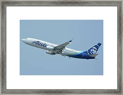 Alaska Boeing 737-890 N563as Los Angeles International Airport May 3 2016 Framed Print by Brian Lockett