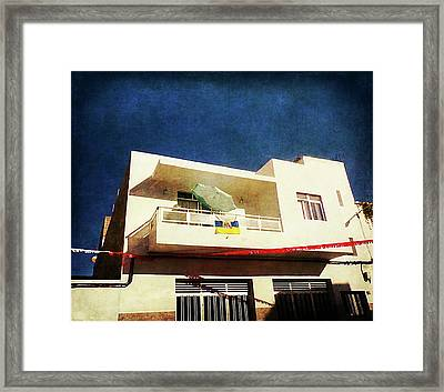 Framed Print featuring the photograph Alcala Green Parasol by Anne Kotan