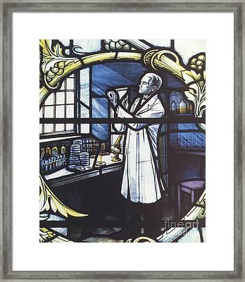 Alexander Fleming, Scottish Biologist Framed Print by Science Source