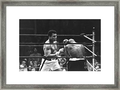 Ali-shavers Fight Framed Print by Mehmet Biber
