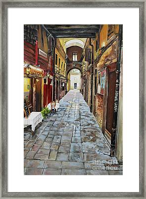 Framed Print featuring the painting Venezia - Alley On Parangon In Venice by Jan Dappen