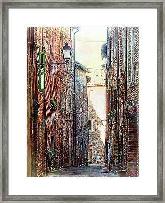 Alley View 2 Citta Della Pieve Umbria Framed Print by Dorothy Berry-Lound