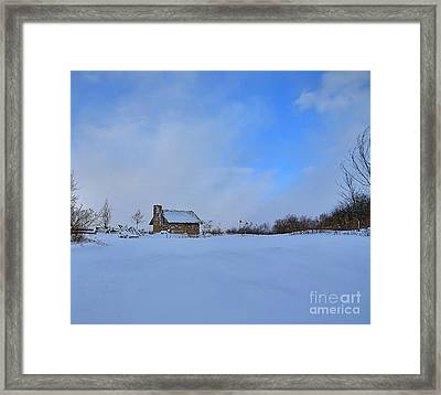 Almost Home Framed Print by Robert Pearson