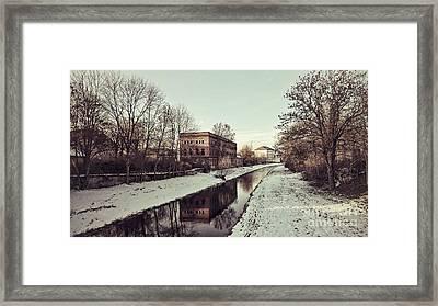 Am Zorge-ufer Framed Print